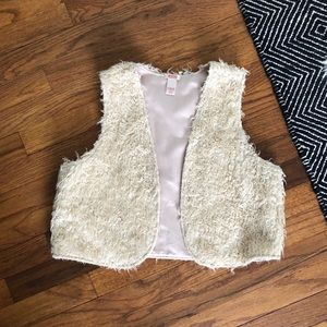 Faux Wool Cropped Cream Vest. One size